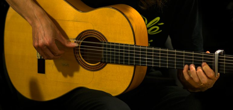 DU 8  AU 12 JUILLET: GUITARE FLAMENCA- STAGE D'INITIATION
